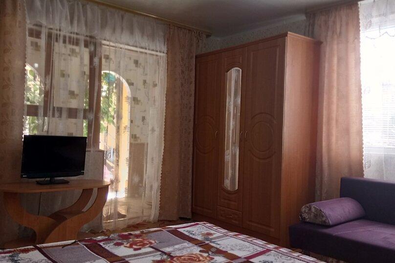 """Гостевой дом """"СВЕТЛАНА"""", Сурожская улица, 104 на 8 комнат - Фотография 54"""