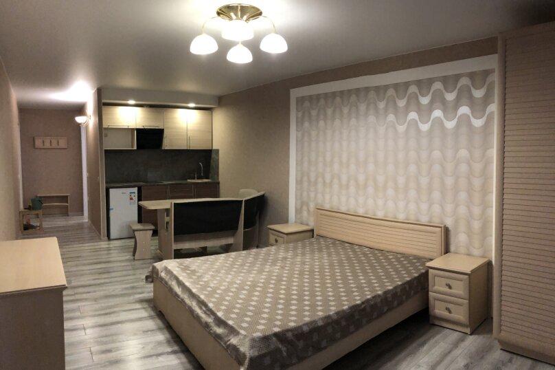 Гостиница 1142502, улица Ульяновых, 14 на 2 комнаты - Фотография 1