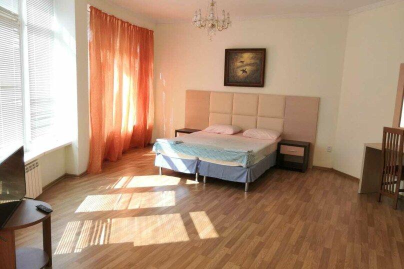 Коттедж в 3 этажа на частной огороженной территории, 330 кв.м. на 14 человек, 7 спален, Заречная улица, 1Г, Ольгинка - Фотография 22