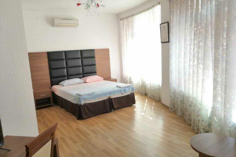 Коттедж в 3 этажа на частной огороженной территории, 330 кв.м. на 14 человек, 7 спален, Заречная улица, 1Г, Ольгинка - Фотография 23