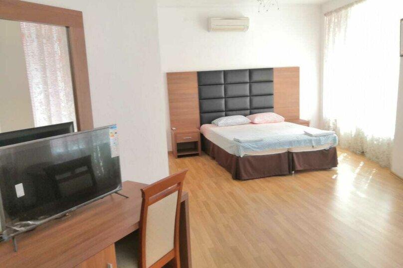 Коттедж в 3 этажа на частной огороженной территории, 330 кв.м. на 14 человек, 7 спален, Заречная улица, 1Г, Ольгинка - Фотография 24