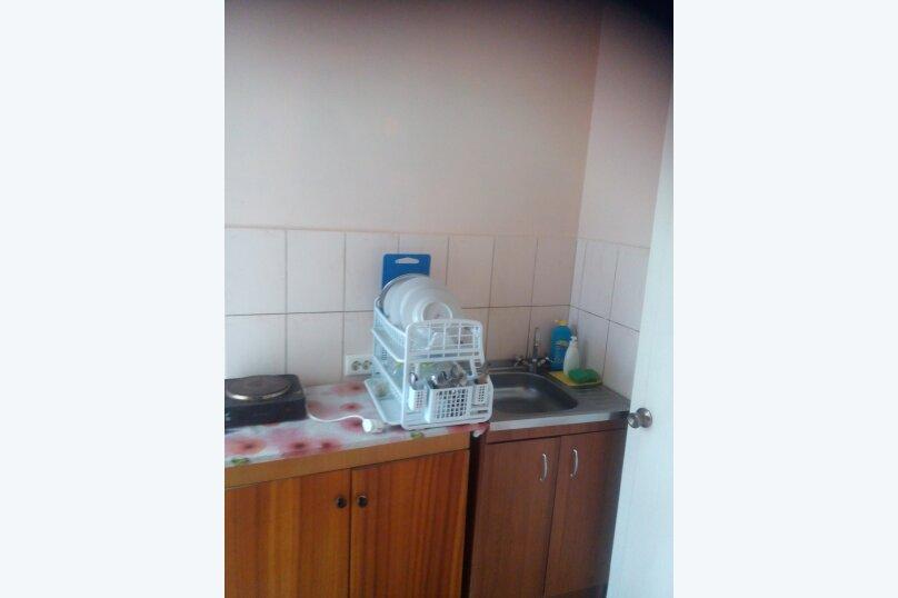 Трех местный номер с мини кухней, Набережная, 3, Штормовое - Фотография 1