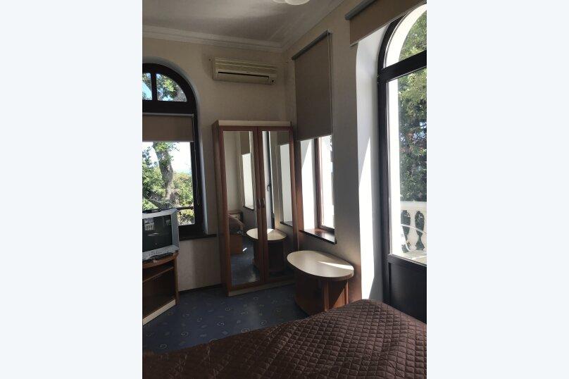 Двухместный номер с 1 кроватью и балконом , Кореизское шоссе, 2Т, Кореиз - Фотография 1