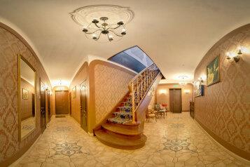 """Отель """"Аделия"""", Невский проспект, 82Б на 24 комнаты - Фотография 1"""