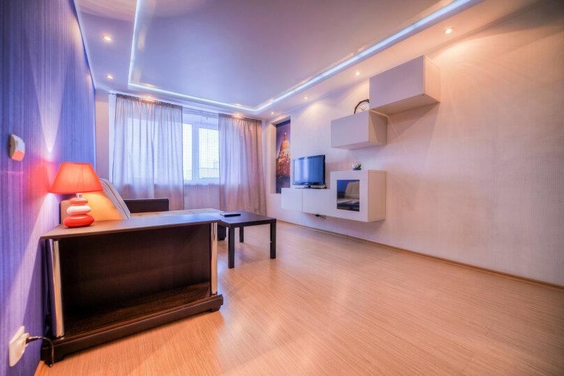 2-комн. квартира, 54 кв.м. на 4 человека, улица Свободы, 141, Челябинск - Фотография 4