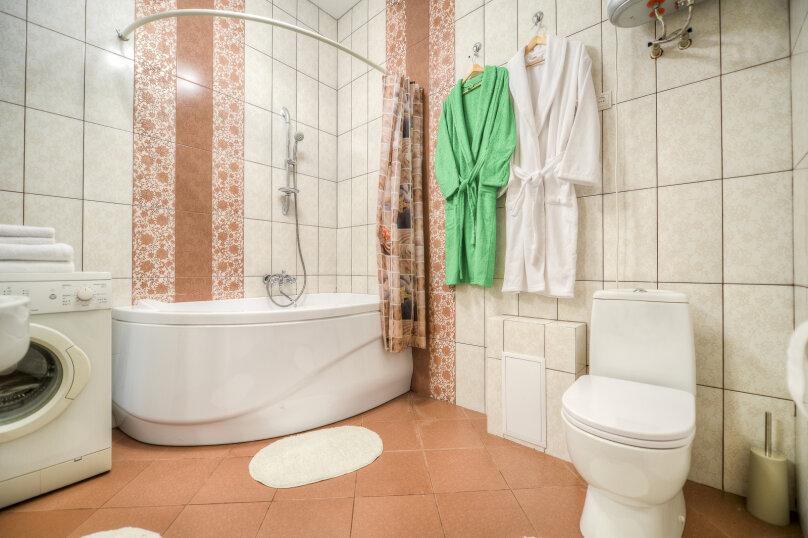 2-комн. квартира, 62 кв.м. на 5 человек, улица Цвиллинга, 40, Челябинск - Фотография 17