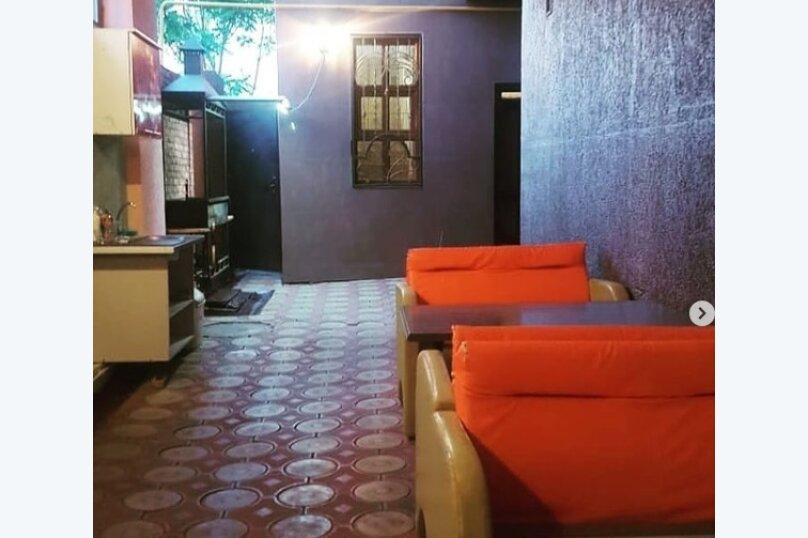 Гостиница 1143622, улица Грибоедова, 19 на 8 комнат - Фотография 3