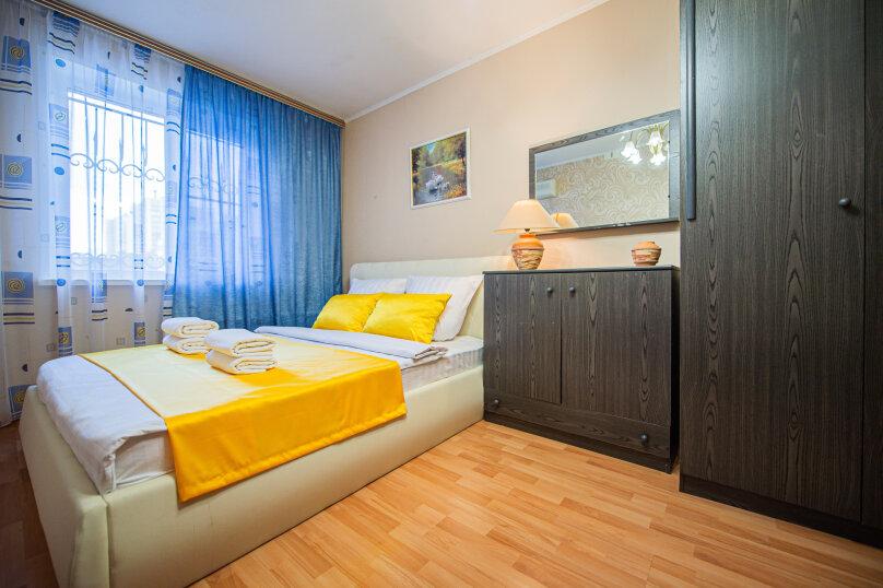 3-комн. квартира, 117 кв.м. на 8 человек, улица Энгельса, 36А, Челябинск - Фотография 12