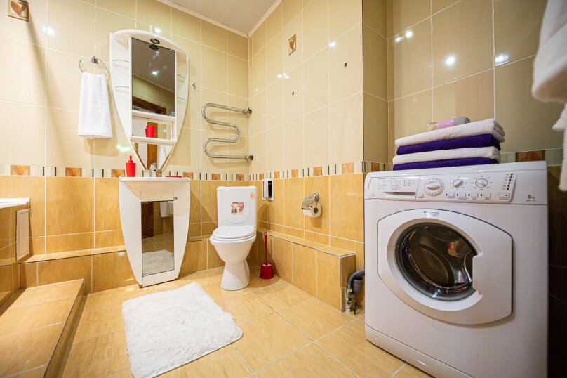 3-комн. квартира, 117 кв.м. на 8 человек, улица Энгельса, 36А, Челябинск - Фотография 16