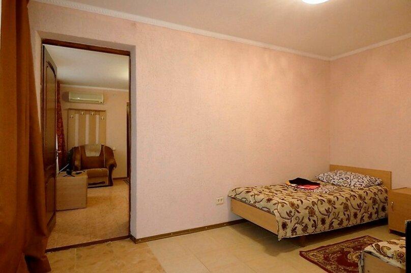 Гостиница 1143891, Тенистая , 38 на 11 комнат - Фотография 33