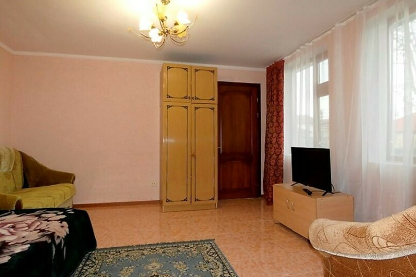 Гостиница 1143891, Тенистая , 38 на 11 комнат - Фотография 37