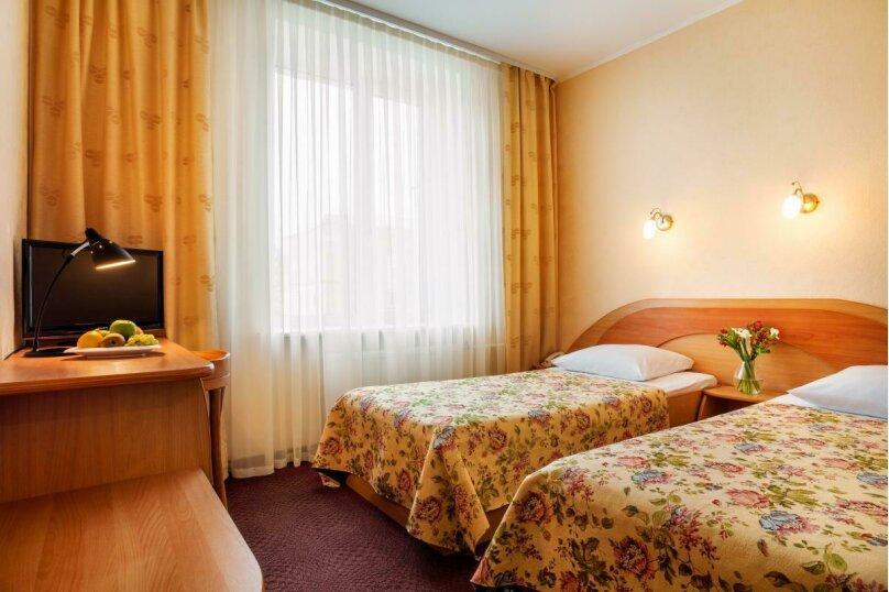 Двухместный стандарт, Предтеченская улица, 24, Великий Новгород - Фотография 1