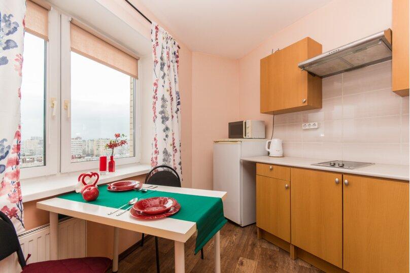 1-комн. квартира, 30 кв.м. на 3 человека, улица Ивана Фомина, 7к3, Санкт-Петербург - Фотография 3