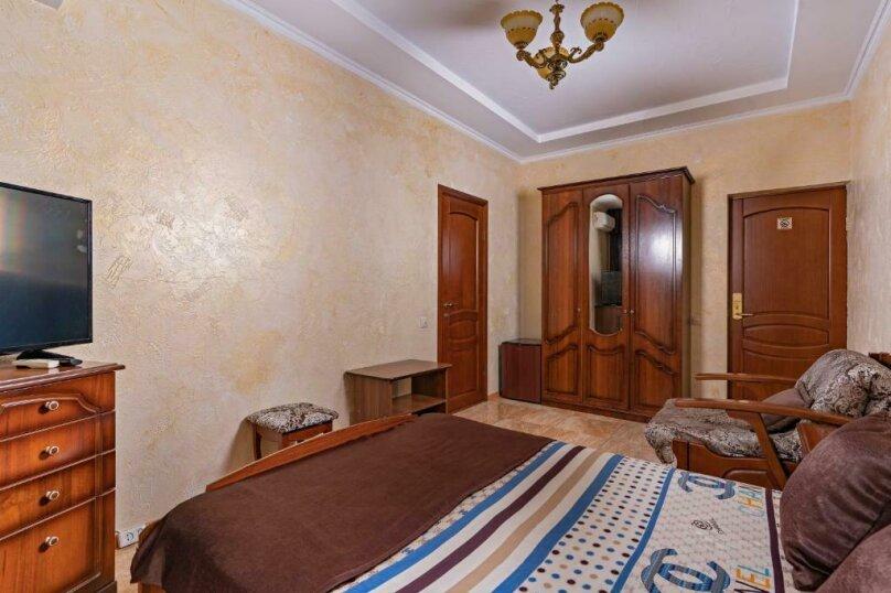 Трехместный номер с собственной ванной комнатой и балконом, Черноморская улица, 1, Дивноморское - Фотография 8