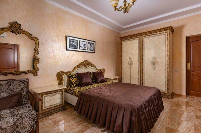 Трехместный номер с собственной ванной комнатой и балконом, Черноморская улица, 1, Дивноморское - Фотография 10