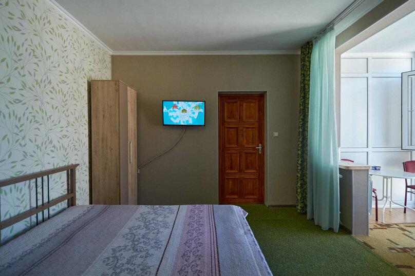 """Гостевой дом """"Адлердомик"""", улица Богдана Хмельницкого, 55-б на 6 комнат - Фотография 15"""