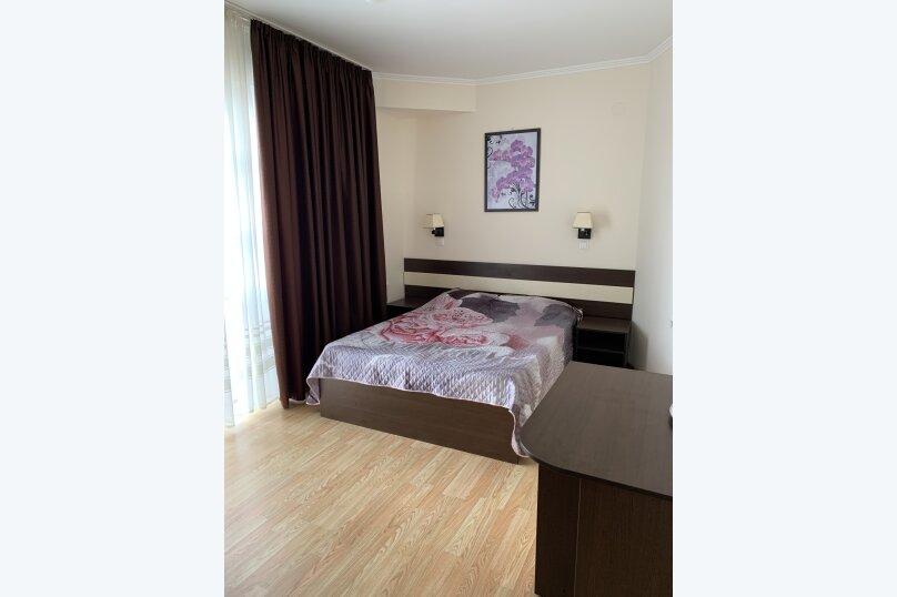 """Мини-гостиница """"Элени"""", Черноморская улица, 195А на 5 номеров - Фотография 1"""