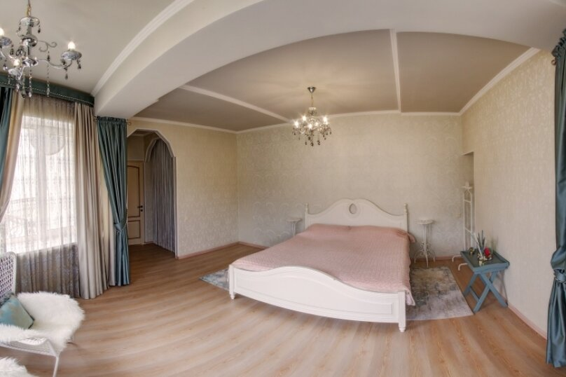 Дом , 600 кв.м. на 12 человек, 7 спален, с. Павловка, Переулок Лебединый, 22, Орлиное - Фотография 9