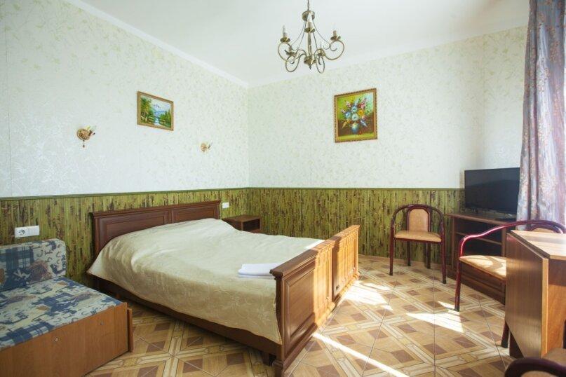 Гостевой дом Крымский, Советская улица, 16А на 14 комнат - Фотография 28