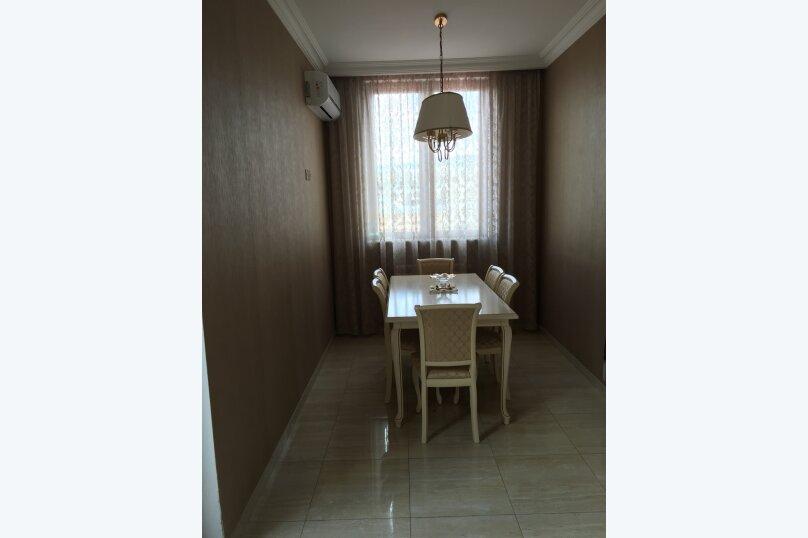 4-комн. квартира, 175 кв.м. на 6 человек, улица Леси Украинки, 3, Тбилиси - Фотография 20