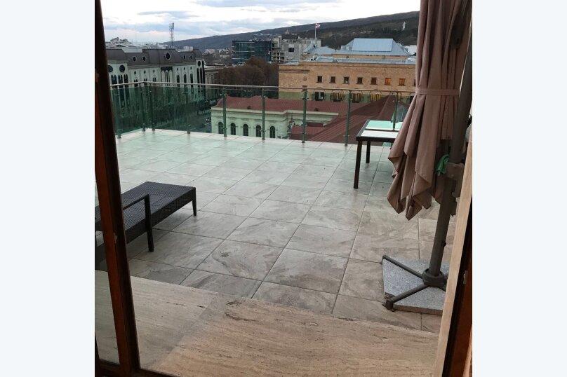 4-комн. квартира, 175 кв.м. на 6 человек, улица Леси Украинки, 3, Тбилиси - Фотография 21