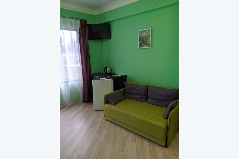 """Гостиница """"На Саранчева 2"""", улица Саранчева, 2 на 8 комнат - Фотография 46"""