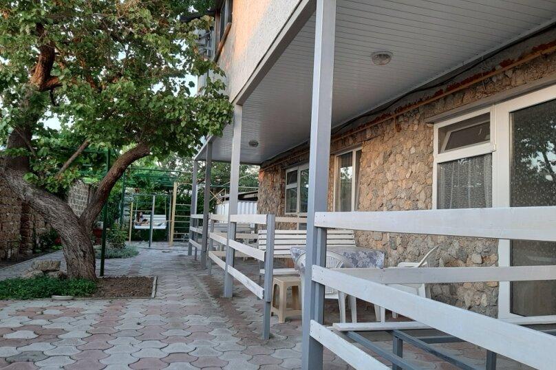 Двухэтажный домик с террасой  у самого Черного моря, 60 кв.м. на 6 человек, 2 спальни, улица Ивана Франко, 16, Евпатория - Фотография 26