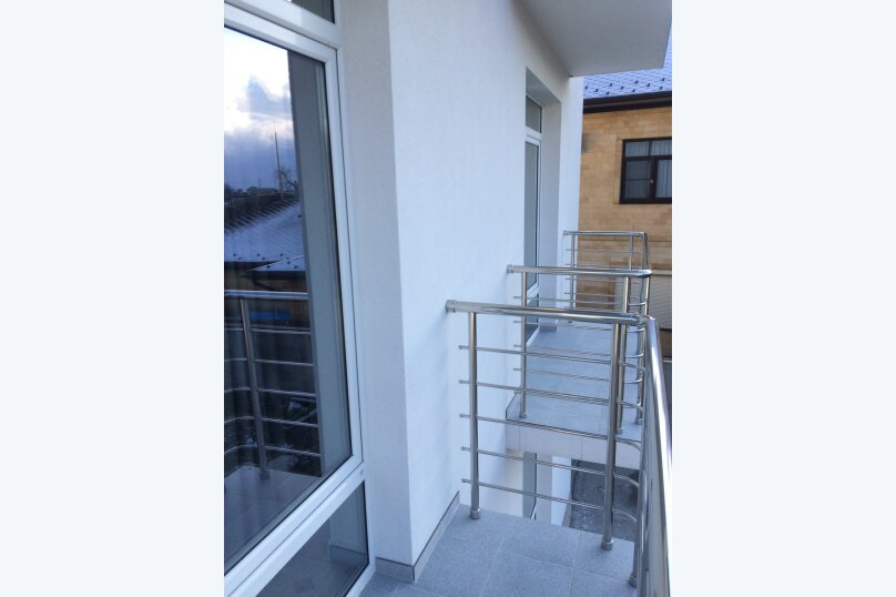 Семейный номер Плюс с балконом, квартал Рассвет, 25А, Агой - Фотография 2