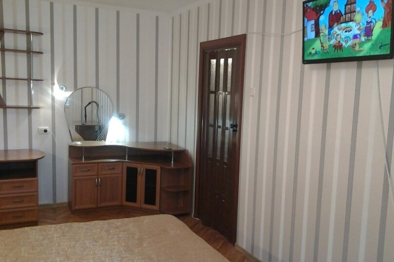 1-комн. квартира, 34 кв.м. на 3 человека, улица Клары Цеткин, 19, Керчь - Фотография 3