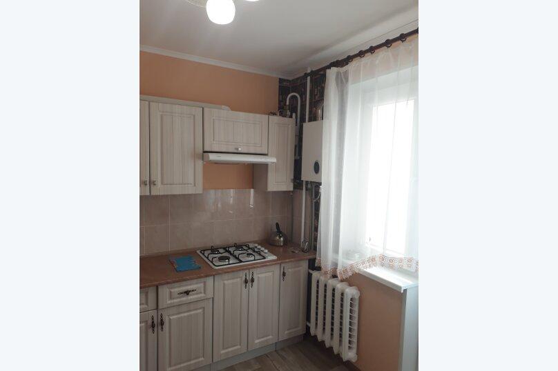 1-комн. квартира, 34 кв.м. на 3 человека, улица Клары Цеткин, 19, Керчь - Фотография 6