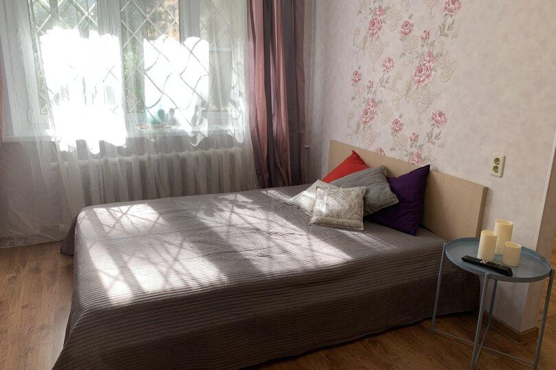 2-комн. квартира, 43 кв.м. на 7 человек, улица Щапова, 4, Ярославль - Фотография 2