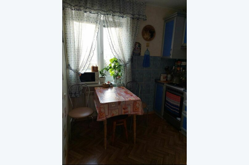 2-комн. квартира, 41 кв.м. на 5 человек, улица Ленина, 32, Судак - Фотография 12