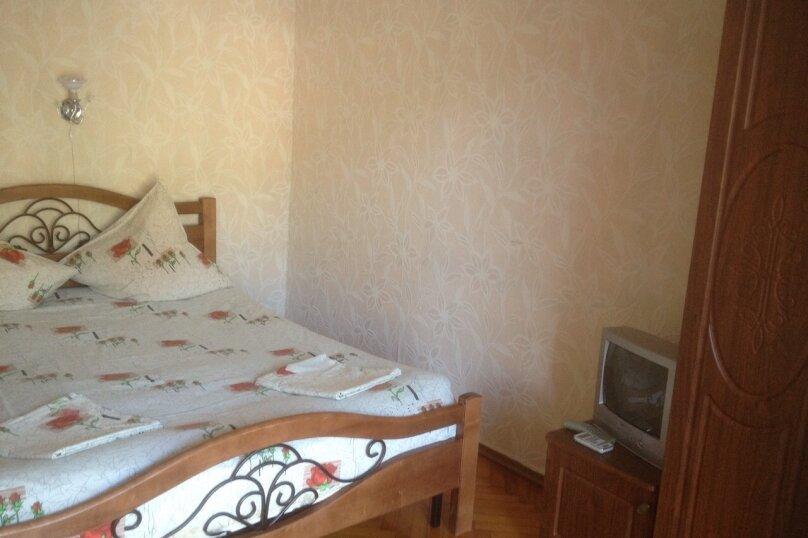 """Гостевой дом """"На Лакоба 26"""", улица Лакоба, 1-й тупик на 12 комнат - Фотография 14"""