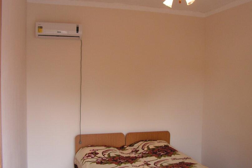 """Гостевой дом """"На Лакоба 26"""", улица Лакоба, 1-й тупик на 12 комнат - Фотография 16"""