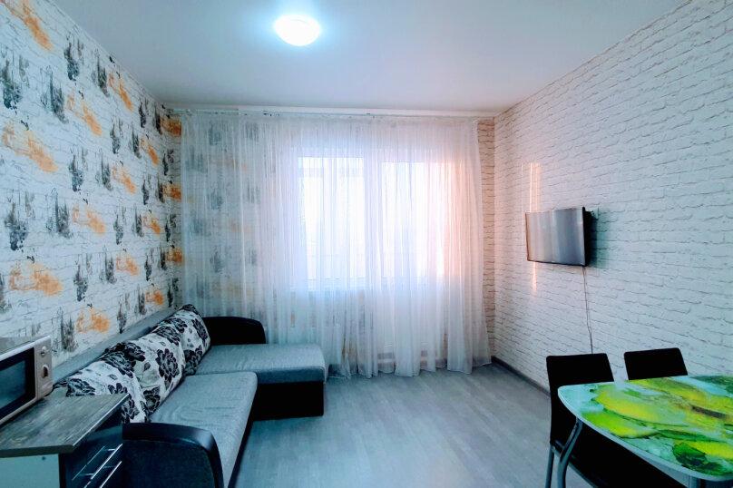 1-комн. квартира, 30 кв.м. на 2 человека, улица Александра Усольцева, 26, Сургут - Фотография 2