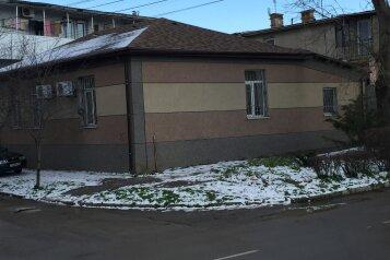 Дом, 80 кв.м. на 6 человек, 3 спальни, Льва Толстого, 21, Евпатория - Фотография 1