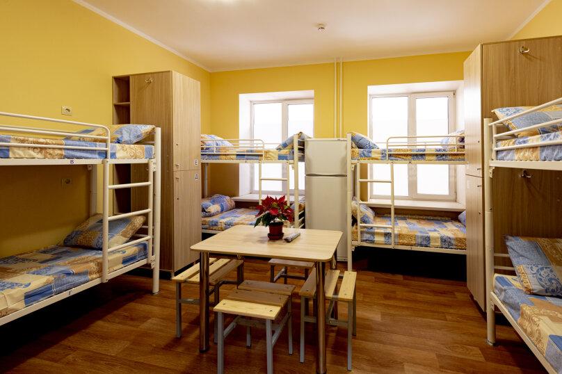 МТМ Хостел, улица Корнеева, 14 на 20 комнат - Фотография 25