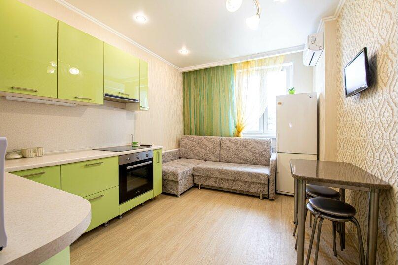 1-комн. квартира, 48 кв.м. на 6 человек, улица Алексея Козина, 7, Казань - Фотография 6