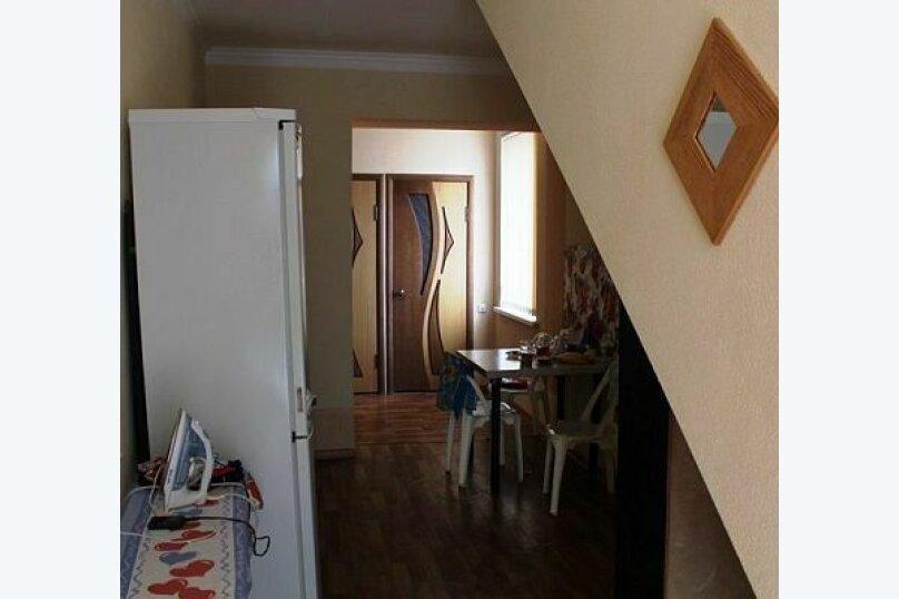 """Гостевой дом """"Лиза"""", Моряков, 5 Б на 11 комнат - Фотография 6"""