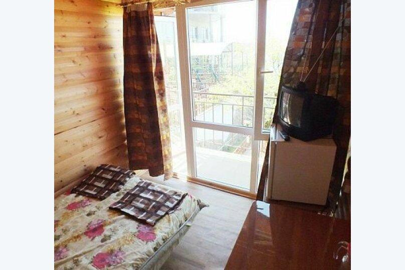 """Гостевой дом """"Лиза"""", Моряков, 5 Б на 11 комнат - Фотография 11"""