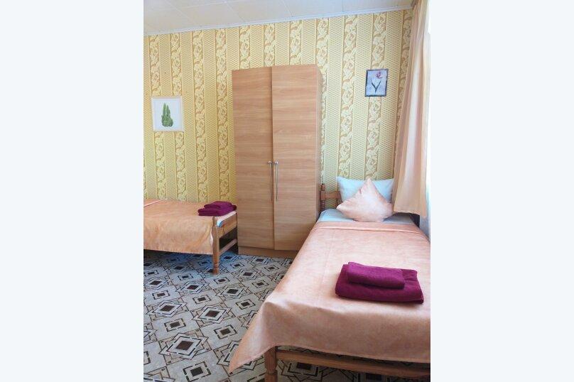 2 х комнатный Семейный с собственной ванной комнатой, Можжевеловая улица, 2, Судак - Фотография 7