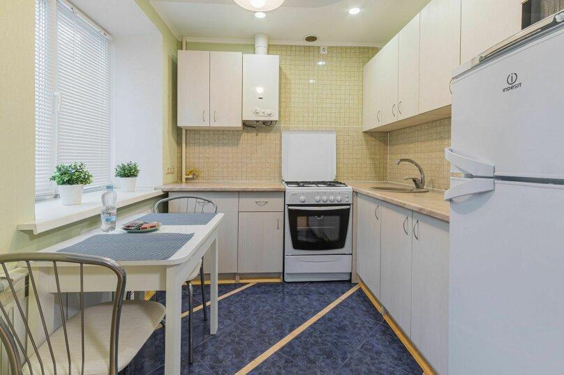 2-комн. квартира, 53 кв.м. на 4 человека, улица Короленко, 19, Нижний Новгород - Фотография 6
