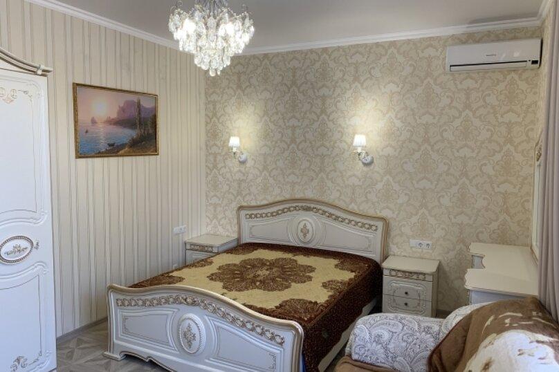 Двухкомнатный комфорт с кухней, улица Спендиарова, 11А, Судак - Фотография 2