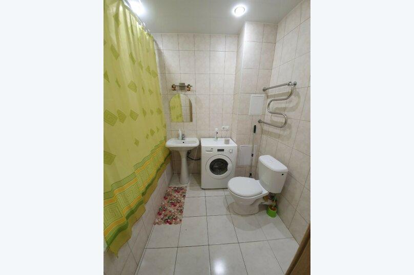 1-комн. квартира, 30 кв.м. на 2 человека, улица Дмитрия Менделеева, 14, Тюмень - Фотография 13