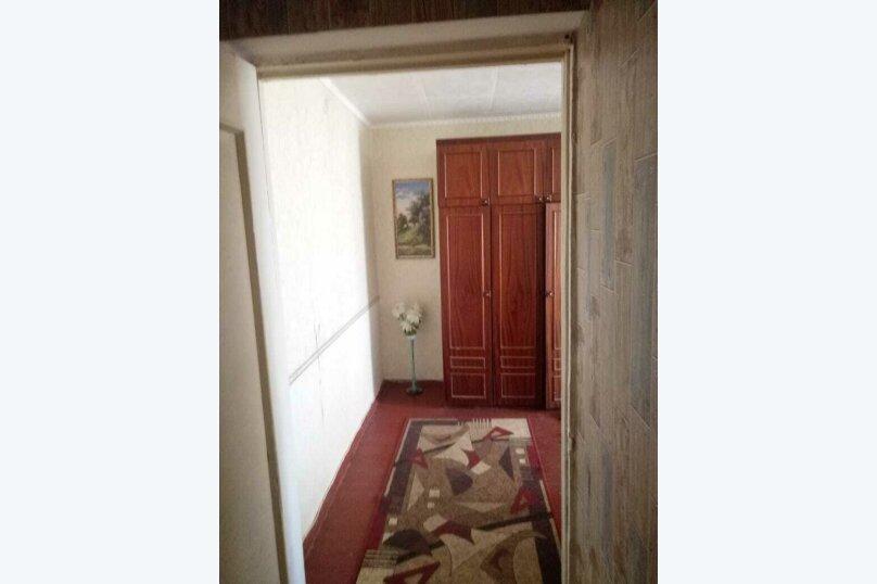 2-комн. квартира на 5 человек, улица Сырникова, 6, Мирный, Крым - Фотография 3