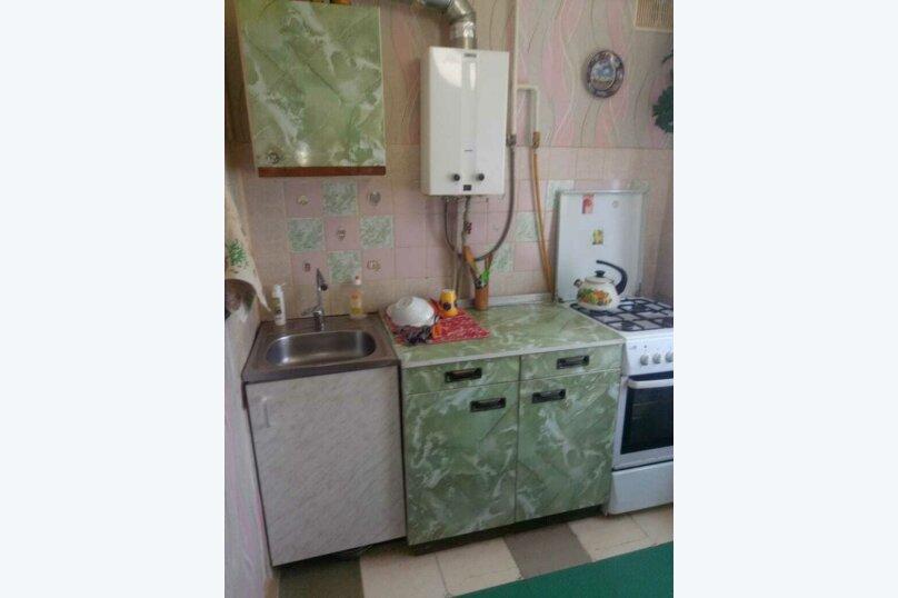 2-комн. квартира на 5 человек, улица Сырникова, 6, Мирный, Крым - Фотография 4