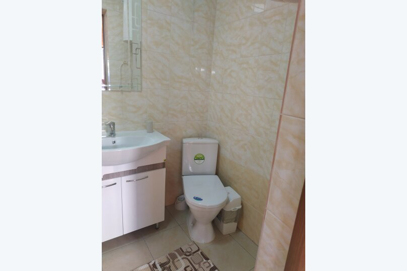 Гостиница 1148382, Лесная, 40 на 2 комнаты - Фотография 3