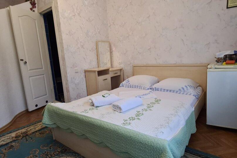 """Гостевой дом """"Мурена"""", Гвардейская улица, 28 на 15 комнат - Фотография 3"""