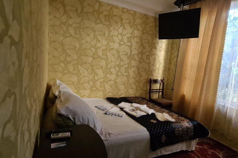 """Гостевой дом """"Мурена"""", Гвардейская улица, 28 на 15 комнат - Фотография 12"""