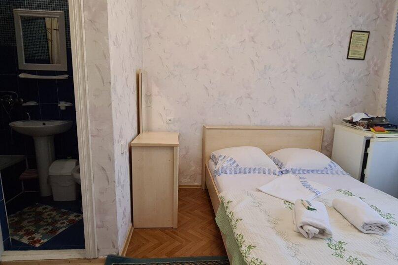 """Гостевой дом """"Мурена"""", Гвардейская улица, 28 на 15 комнат - Фотография 18"""